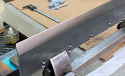 Полиграфический нож с заточкой двойным углом и полированной кромкой